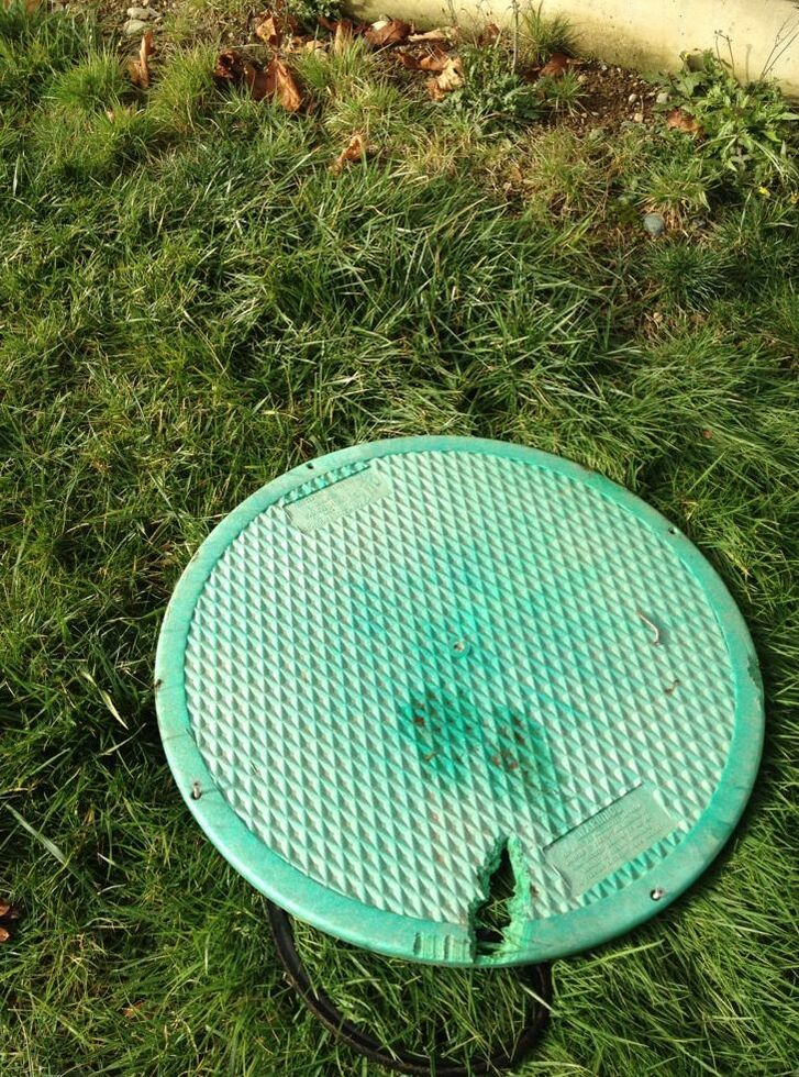 Septic Tank Lid With Crack